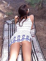 8 pictures - upskirt in public park pictures