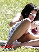 12 pictures - Gorgeous upskirt girl in a park