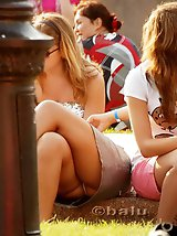 12 pictures - Stunning upskirt girls in a park