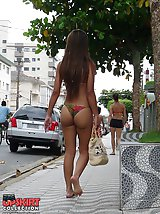 12 pictures - Petite swimsuits on big amateurs